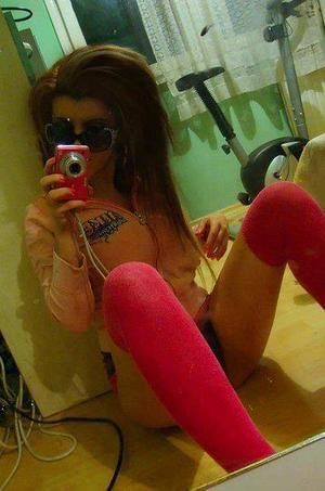 Dione is looking for adult webcam chat