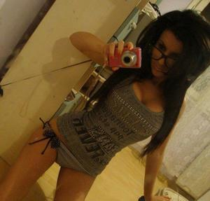 Penelope is looking for adult webcam chat