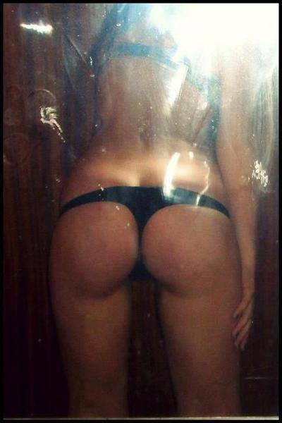 Clarissa is looking for adult webcam chat