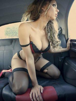 Aura from Christchurch, Virginia is looking for adult webcam chat