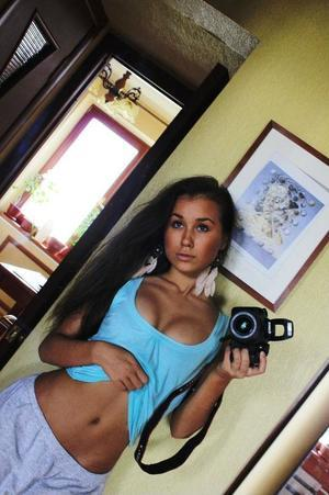 Jackelyn from Portland, Maine is looking for adult webcam chat