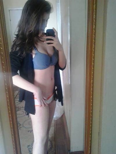 Webcam sex chat looking for a fuck buddy