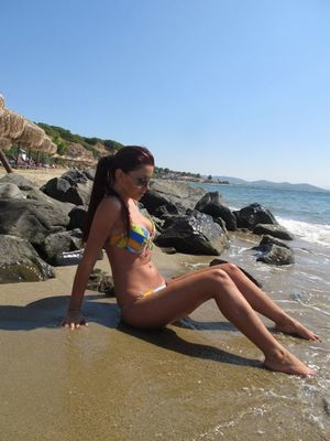 Cleopatra from  is interested in nsa sex with a nice, young man
